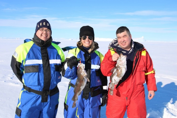Tourist and local guides with the catch of the day. Photo by Ilulissat Water Safari