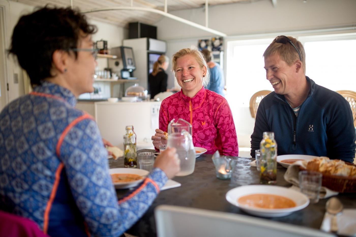 Guests at Igaliku Country Hotel having dinner. Photo by Mads Pihl - Visit Greenland