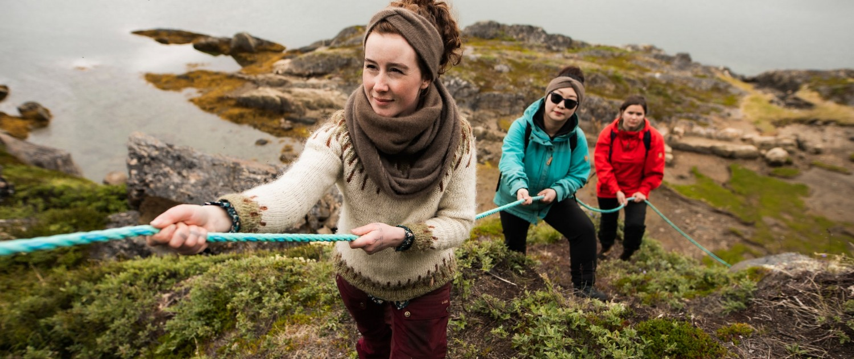 Assaqutaq Sisimiut hike tour group - Aningaaq R. Carlsen, Visit Greenland