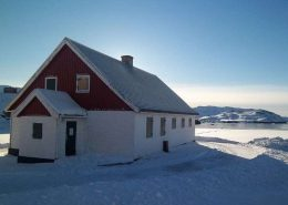 Entrance view of Narsaq Museum located in South Greenland in Winter. Photo by Narsaq Museum