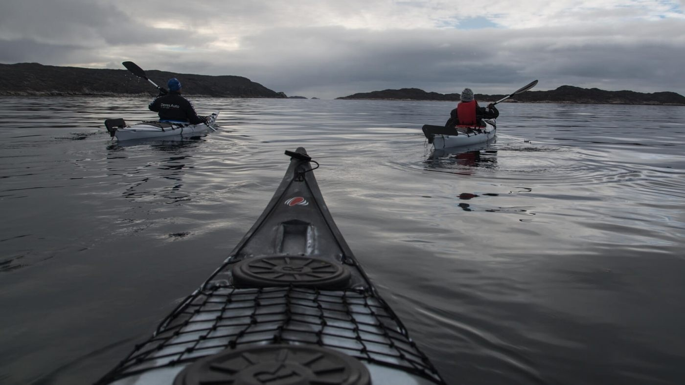 Kayaking around Aasiaat. Photo by Honest Greenland