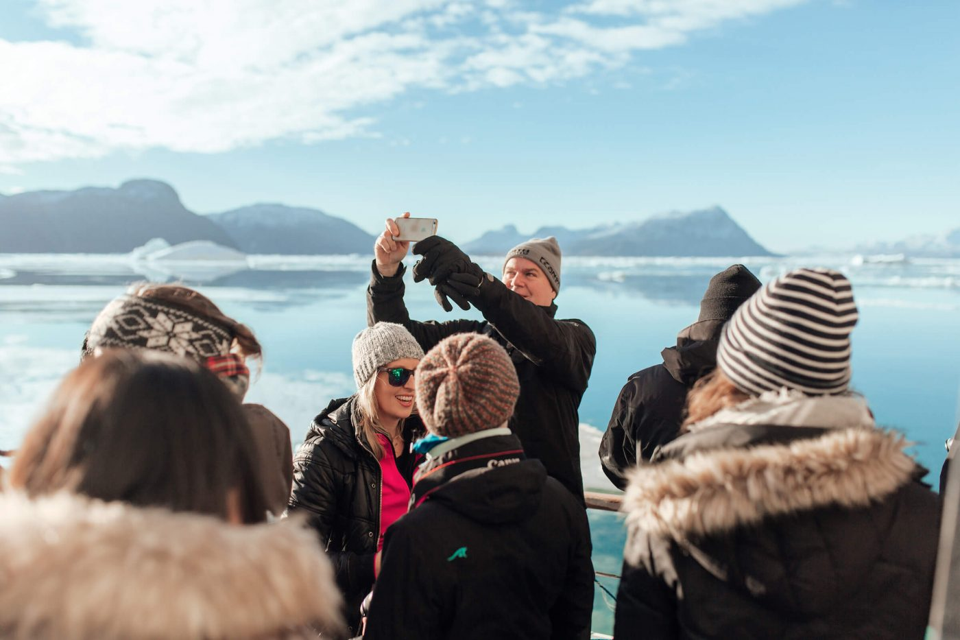 Group of tourists enjoying the Icefjord in Nuuk in Greenland. Photo by Rebecca Gustafsson.