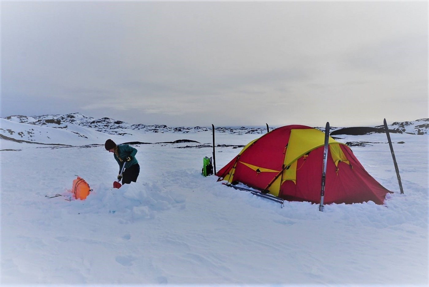Winter camping. Photo by Nuuk Adventure - Visit Greenland