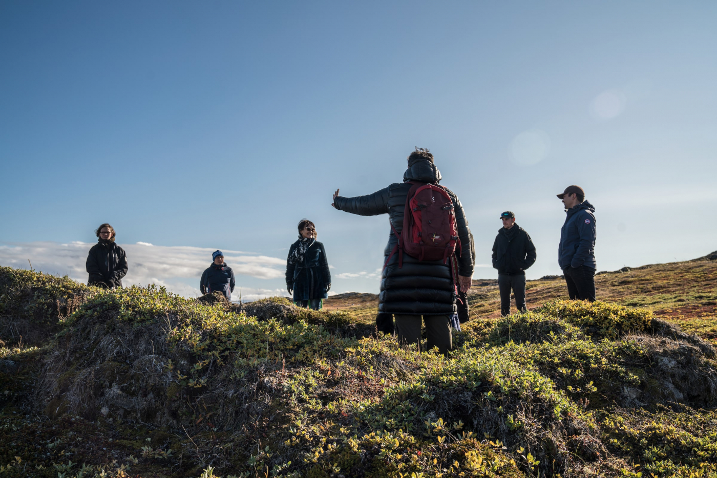 Tour Guide Briefing on Nipisat Island. Photo - Per Arnesen, Visit Greenland