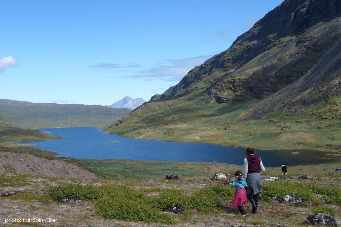 Mother, daughter and dog on a hike in the South Greenland fjord close to Ipiutaq Guest Farm. Photo by Karl Saint-Ellier